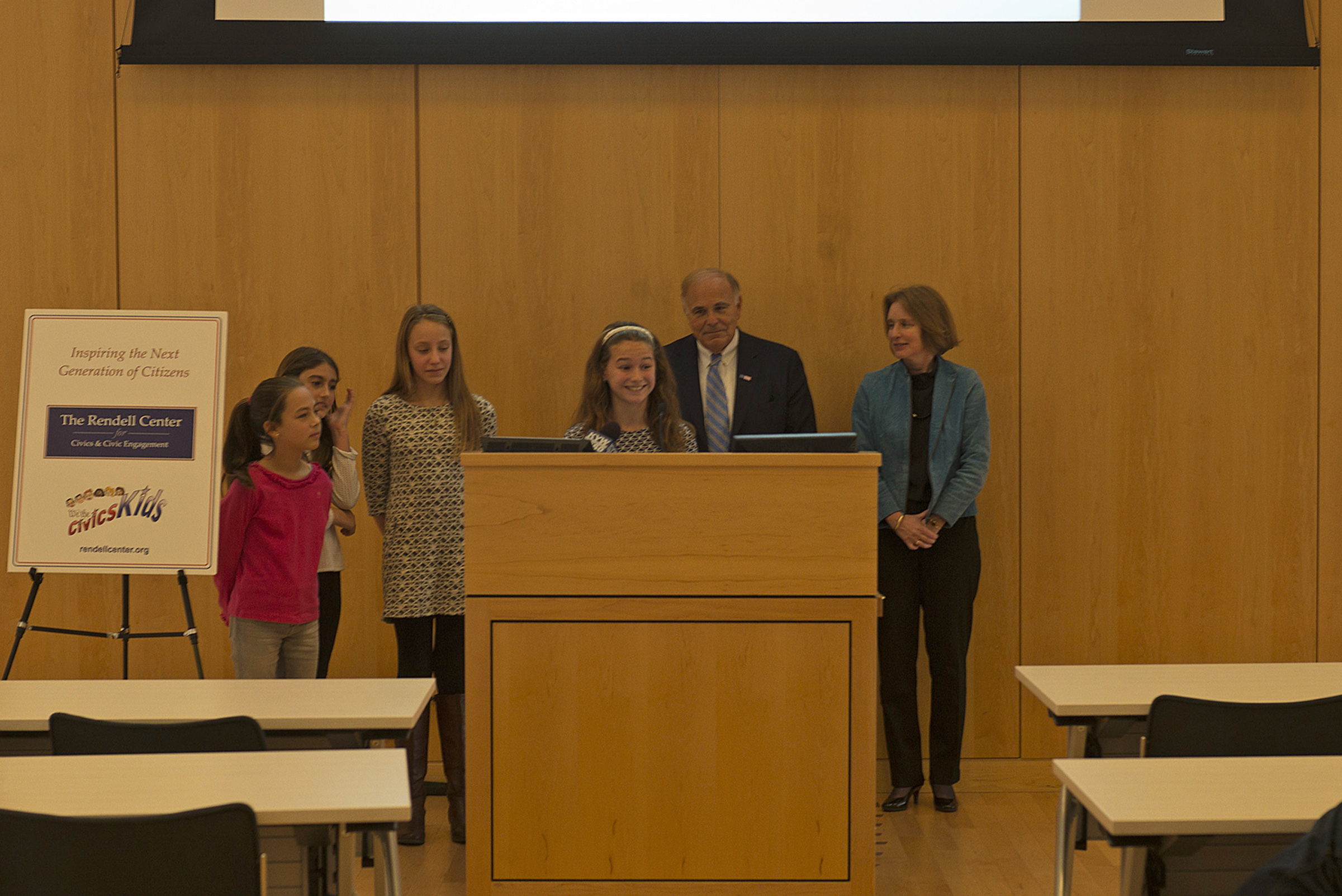 5th graders from Radnor Elementary (l-r) Lydia Schwarz, Gabriela Heberling, Sophia Mlodzienski, and Mallory Toomey, with Former Gov. Rendell and Beth Specker.