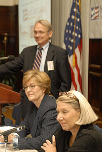 (l-r) Brooks Jackson; Ladonna Lee, vice chair of the government and public affairs practice of Foley & Lardner; Anita Dunn, political consultant with Squier Knapp Dunn Communications.