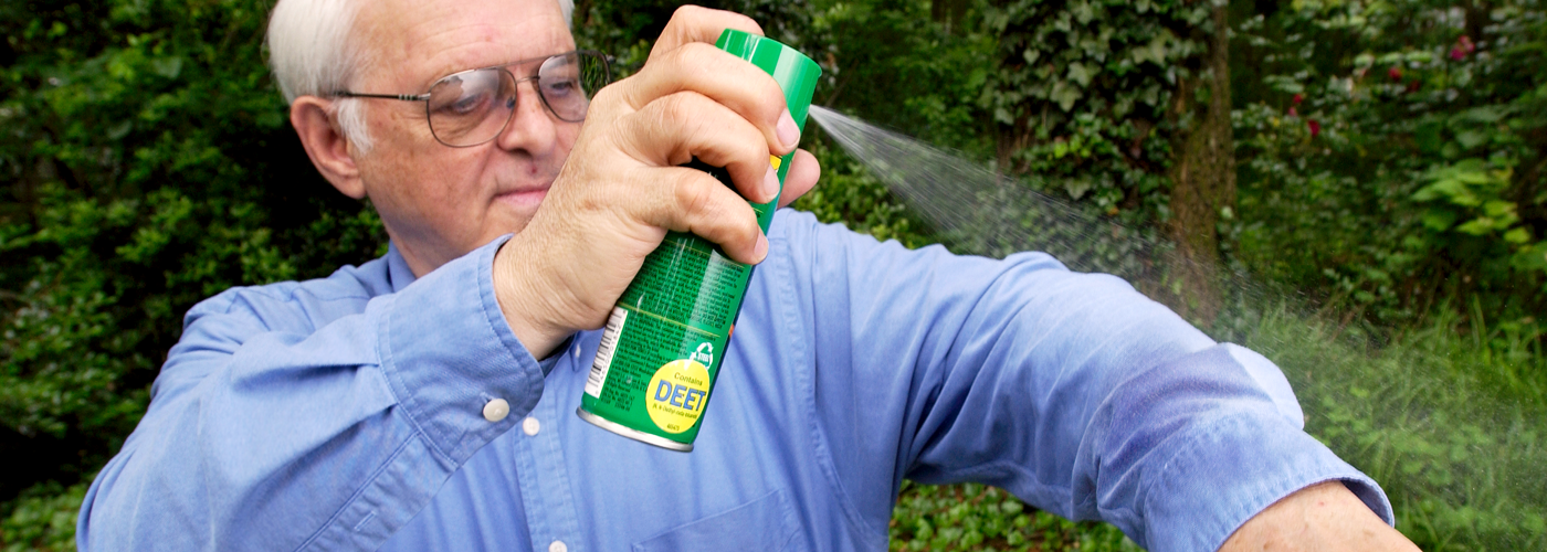 Applying DEET repellent to repel mosquitoes. Credit: CDC/James Gathany.
